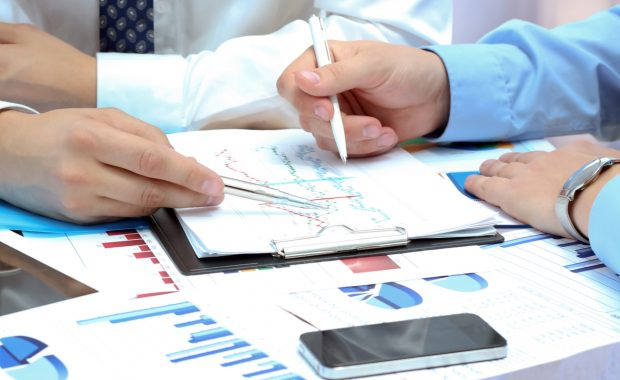 Why Should Businesses Hire A Business Strategy Consultant