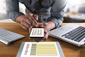 Employee running digital evaluation test