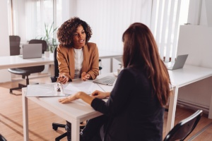 Speaking With An Advisor About Interim Executive Placement Services