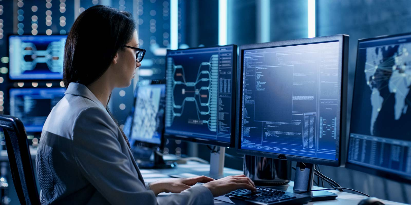 a government contractor who is looking into their top cybersecurity concerns and risks
